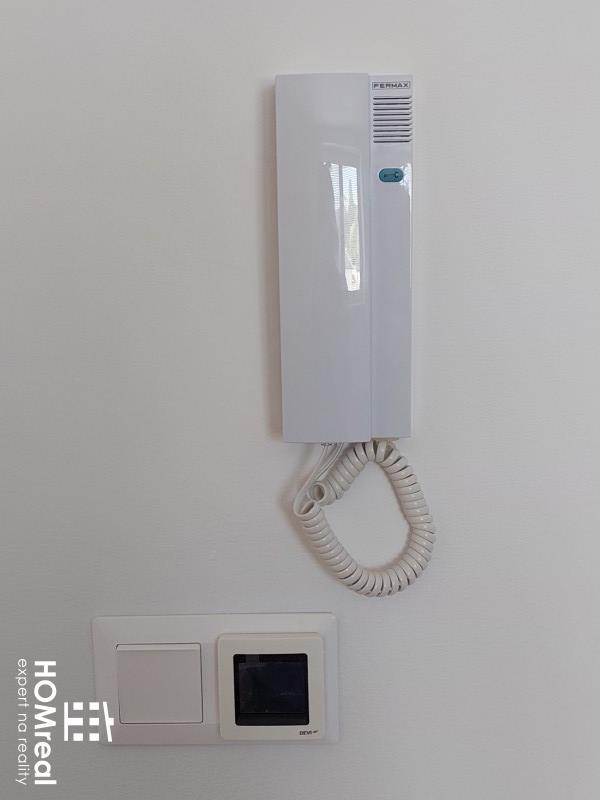 Ponúkame vám kanceláriu / priestor 37m2 na prenájom v novej polyfunkčnej budove v Cíferi