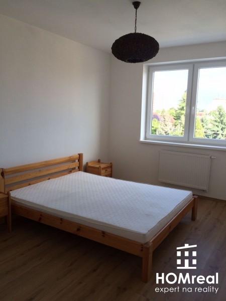 *** Ponuka na prenájom veľký 2+1 izb. byt v Novostavbe s parkovacím miestom ***